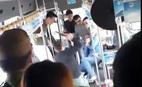 Đánh nhau náo loạn trên xe buýt ở Hà Nội