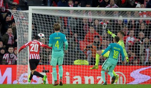 Barca thua sốc Bilbao trong trận đấu đầu năm 2017