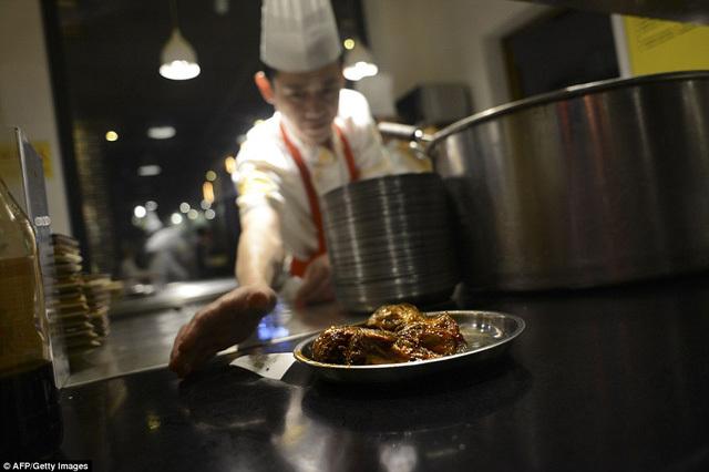 Đầu thỏ sốt cay - món ăn Tứ Xuyên gây sốc du khách phương Tây