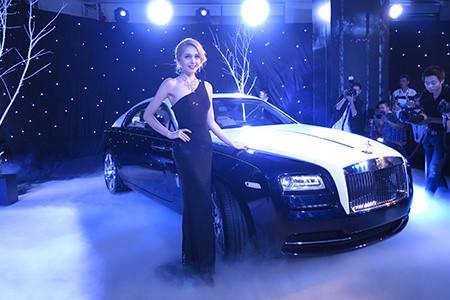 Rolls-Royce Wraith giá 35 tỷ đầu tiên về Việt Nam năm 2017