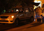 Tài xế giằng co thoát khỏi kẻ dí dao cướp taxi