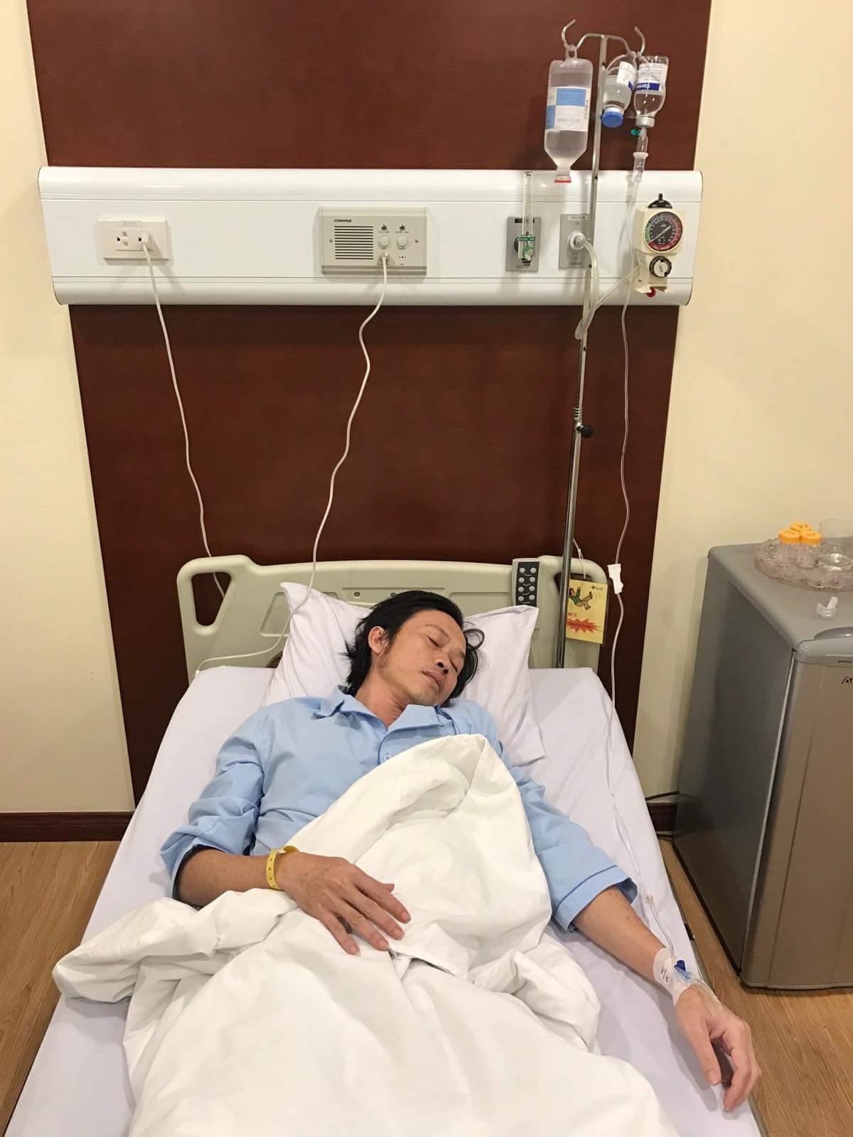 Nghệ sĩ Hoài Linh nhập viện cấp cứu,hoãn liveshow