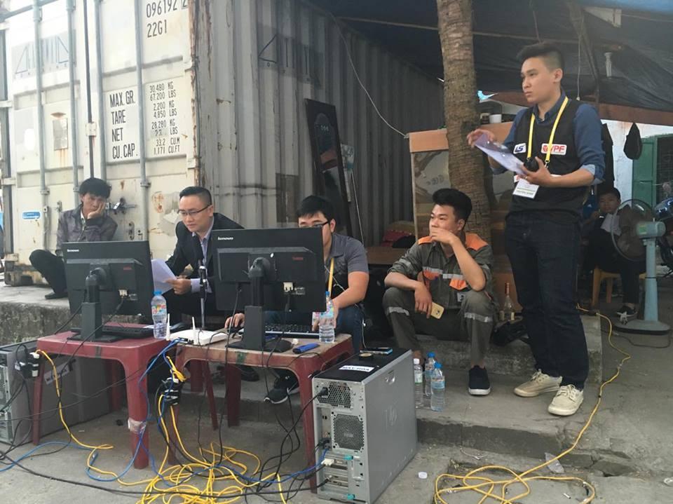 Bi hài: Trận đấu V-League được trực tiếp từ quán… trà đá