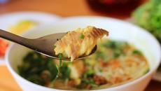 Cách nấu bún nước lèo cá lóc chuẩn miền Tây
