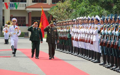 Bộ trưởng Quốc phòng, Ngô Xuân Lịch, quốc phòng, Campuchia, biên giới