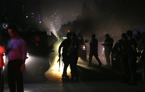 Đánh bom kép rung chuyển Đại học Mỹ ở Kabul, hàng chục người chết