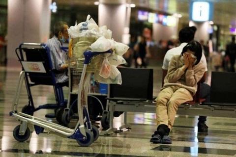 Cho thuê căn hộ 16 triệu/tháng, người phụ nữ ở sân bay suốt 8 năm