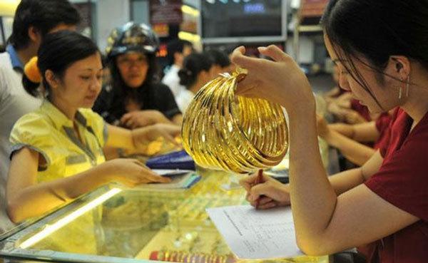 Giá vàng hôm nay 12/1: Chao đảo theo đồng USD - ảnh 3