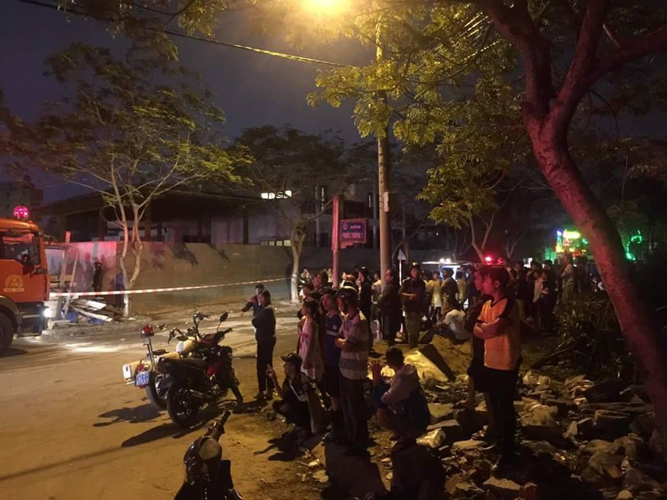 Sập nhà ở Đà Nẵng, nhiều người bị thương - ảnh 2