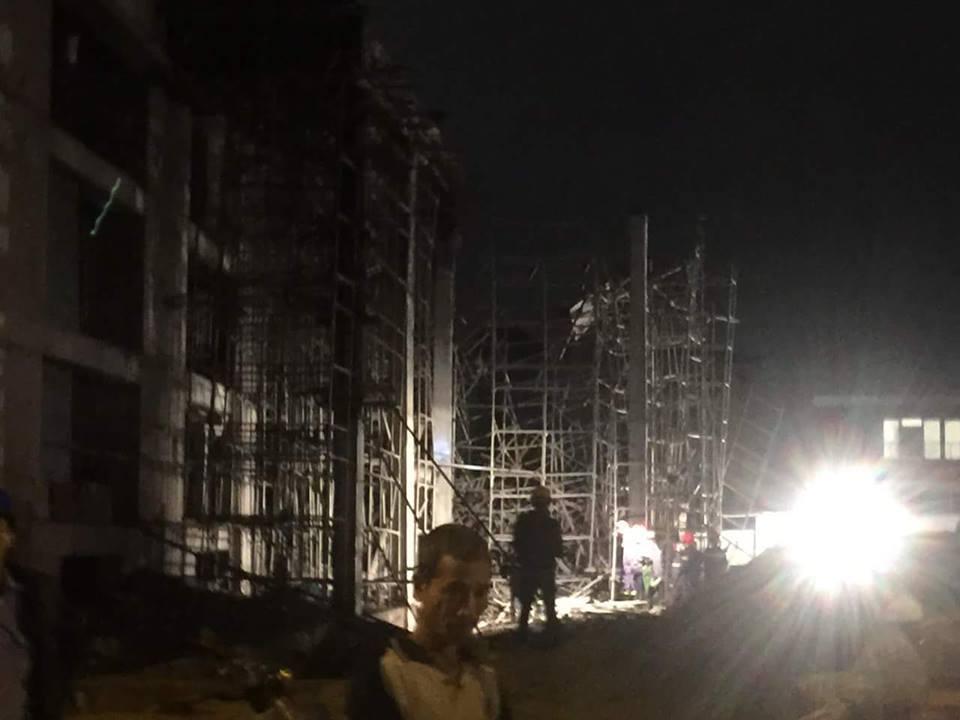 Sập nhà ở Đà Nẵng, nhiều người bị thương - ảnh 1