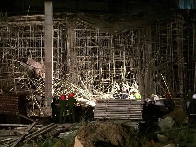 Sập nhà ở Đà Nẵng, nhiều người bị thương - ảnh 8