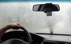 Kinh nghiệm xử lý kính mờ khi lái xe trời mưa