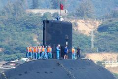 """Chuyên gia """"chấm điểm"""" sức mạnh hạm đội ngầm của Hải quân Việt Nam"""