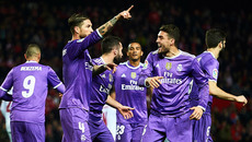 Không Ronaldo, Real lập kỷ lục với trận hòa điên rồ