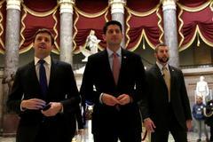 'Phát súng mở màn' xóa bỏ Obamacare