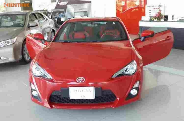 Top 10 xe ôtô 'ế' nhất tại Việt Nam năm 2016