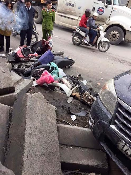 Ô tô húc hàng loạt xe máy, 3 người tử vong - ảnh 1