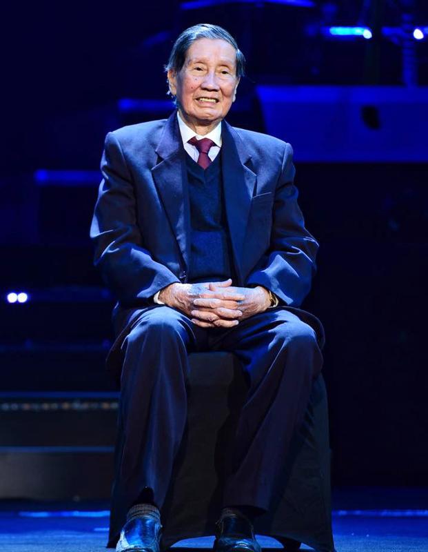 88 tuổi nhạc sĩ Phạm Tuyên vẫn đệm đàn cho con gái hát