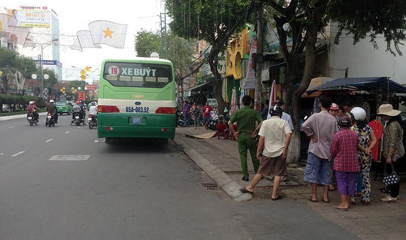 Nam thanh niên đột tử giữa trung tâm Cần Thơ – VietNamNet