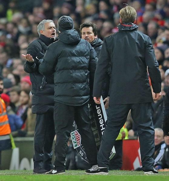 Bị cầm hoà, Mourinho nói đểu Liverpool, lộ 'màn chửi' của Klopp