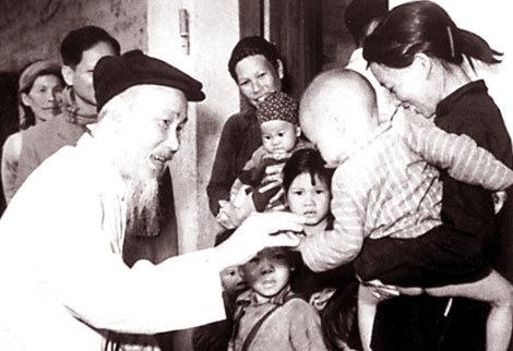'Bác không đến thăm những gia đình như cô thì thăm ai...'