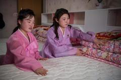 Ký túc xá tuyệt đẹp của nữ công nhân Triều Tiên