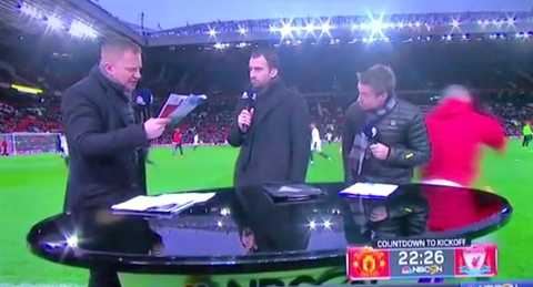 Rooney đóng vai người hùng ngay trước trận tiếp Liverpool