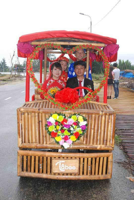 Độc đáo lễ rước dâu bằng xe tre ở Hội An