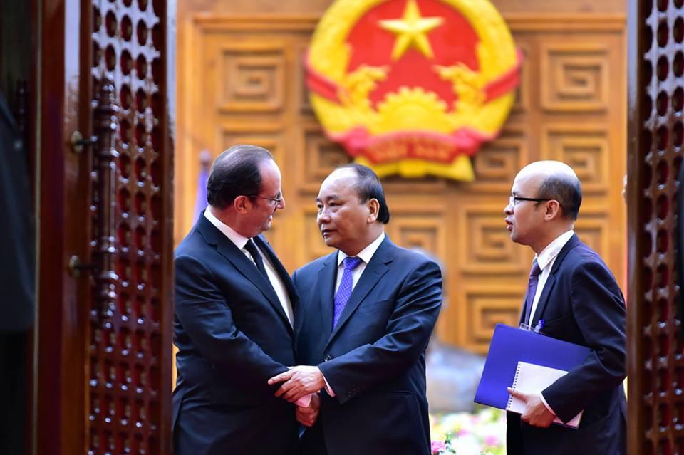 Thủ tướng Nguyễn Xuân Phúc, Trần Đình Thiên, Chính phủ kiến tạo, Diễn đàn Davos, kinh tế thị trường, Quán cafe Xin chào