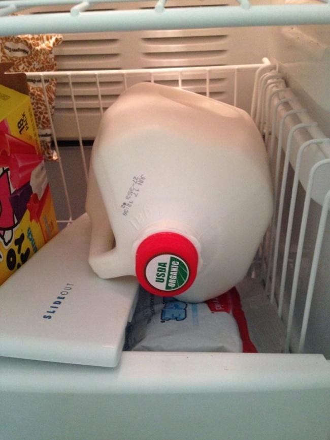 Nhiều người Việt chưa biết cách dùng giấy vệ sinh trong tủ lạnh