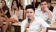 Thiếu gia Phan Thành bị 'bẽ mặt' trong buổi bán sim từ thiện của Ngọc Trinh