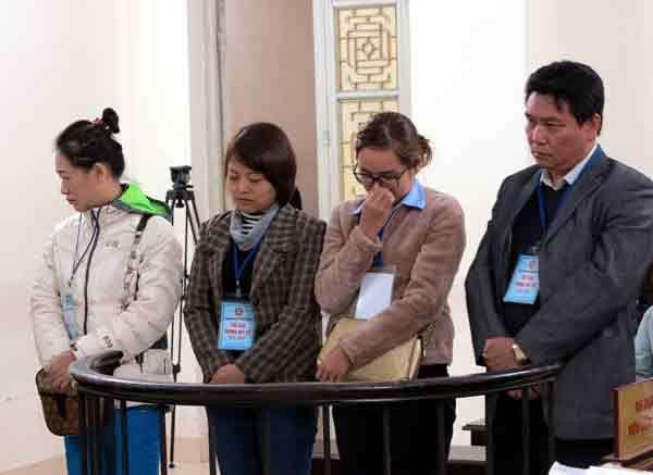 Các bị cáo tại tòa. Nguồn: VietnamNet