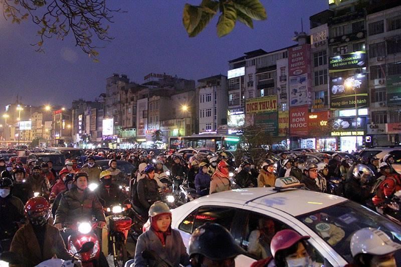 200.000 usd chống ùn tắc, ùn tắc giao thông, giao thông Hà Nội, làm việc online