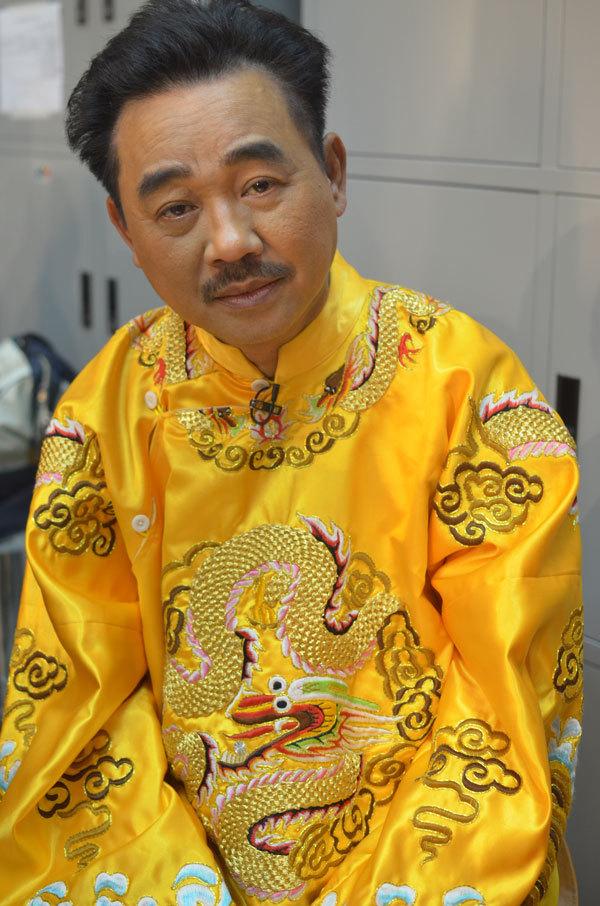 Quốc Khánh không thể cười, Chí Trung 'tự kỷ' ở hậu trường Táo quân