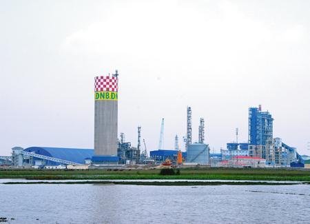 Rắc rối với phía Trung Quốc, nhà máy 12.000 tỷ lỗ nặng