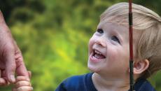 Tốn bao nhiêu tiền để nuôi một đứa con ở Mỹ?