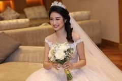 Đại gia hơn 19 tuổi tặng váy cưới nửa tỷ cho Hoa hậu Thu Ngân