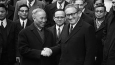 Ai là người Việt được trao giải Nobel?