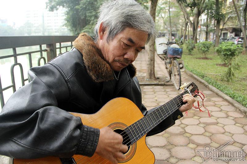 Người đàn ông bán bánh bao lãng tử nhất Hà Thành