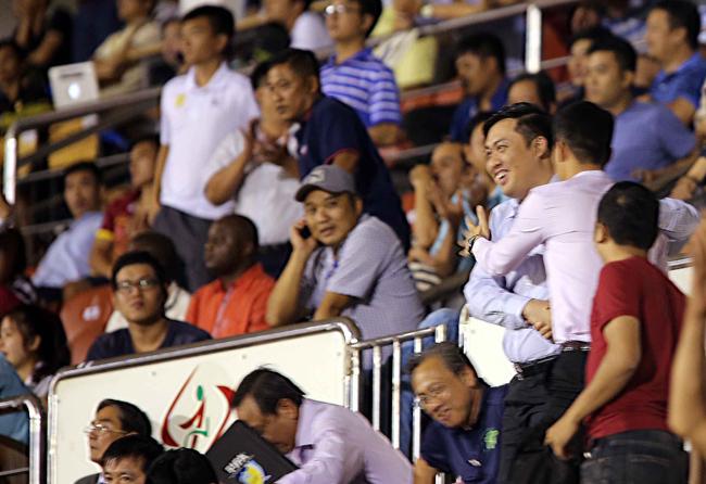 Công Vinh: Tiếc nuối, lo lắng và ăn mừng như đội nhà vô địch