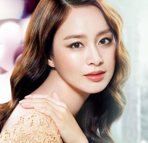 Ngắm vẻ tinh khôi của Kim Tae Hee