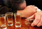 Cách uống rượu bia không say xỉn dịp Tết