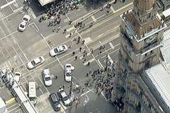 Ôtô đâm vào đám đông ở Melbourne, hơn 20 người thương vong