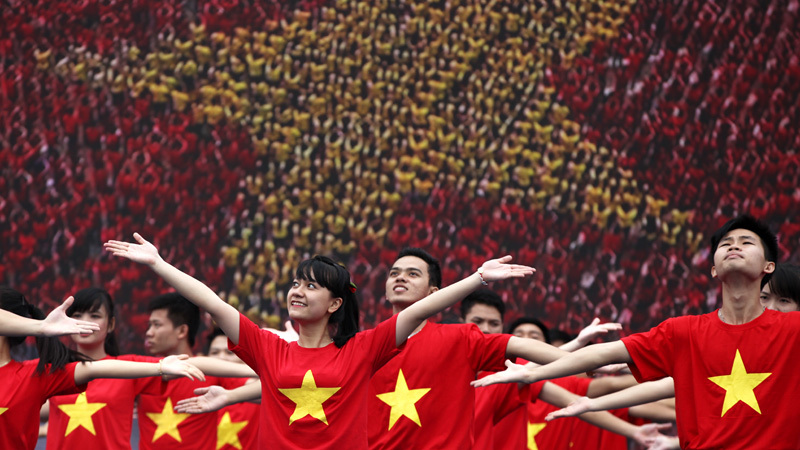 Người trẻ, thanh niên Việt Nam, khởi nghiệp, hoạt động thiện nguyện, từ thiện, quán cơm 2.000 đồng