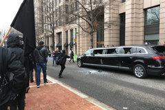 Bạo lực bùng phát trong ngày Trump nhậm chức