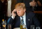Trump dừng dùng máy bay riêng, giao nộp điện thoại