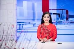 Minh Hương 'Nhật ký Vàng Anh' rạng rỡ làm MC Thời sự