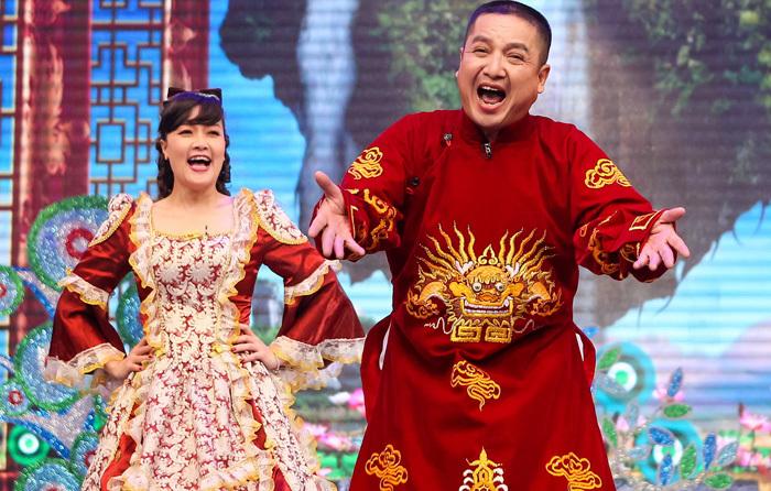 Dàn Táo quân đổ bộ liveshow 'mở hàng' năm mới