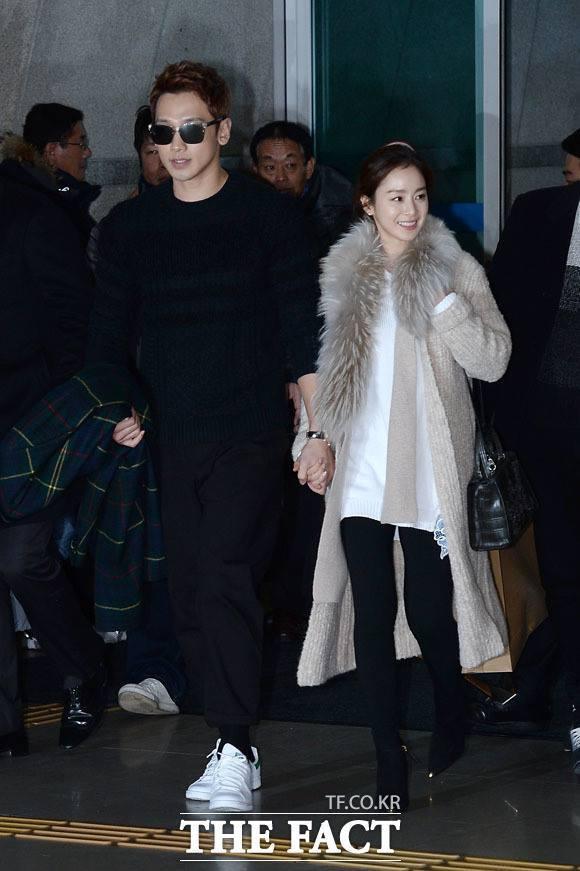 Hình ảnh đầu tiên của Bi Rain và Kim Tae Hee sau đám cưới
