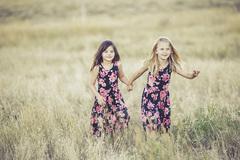 16 điều tuyệt vời chỉ ai có em gái mới hiểu